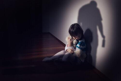 虐待を受ける子ども
