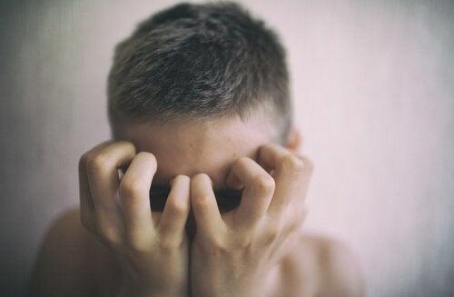 見えない患者:若者と慢性病