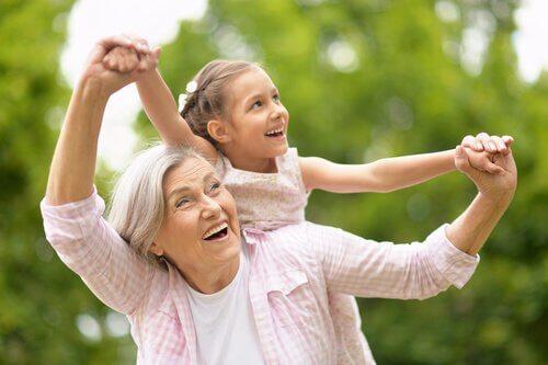 家族における、おじいちゃんおばあちゃんの役割