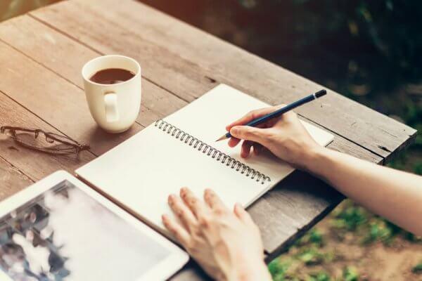 コーヒーを飲みながら勉強