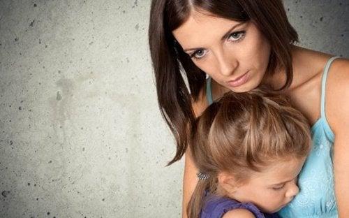 子どもを安全に守ることに関する親の強迫観念
