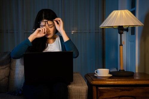仕事と自分を切り離すのに役立つ5つのアドバイス
