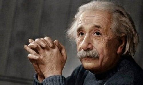 アルベルト・アインシュタイン:革命的天才の略歴