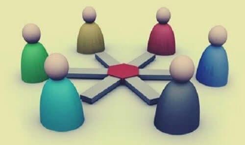グループやチームのリーダーになるためのヒント5選