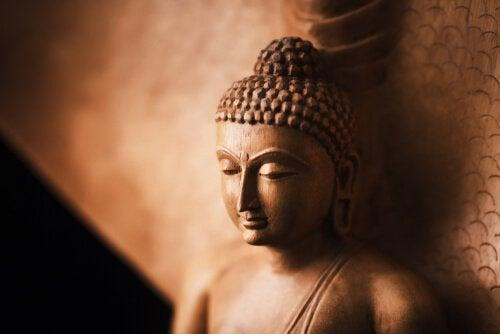 辛抱強さや精神の平穏にまつわる仏教の逸話