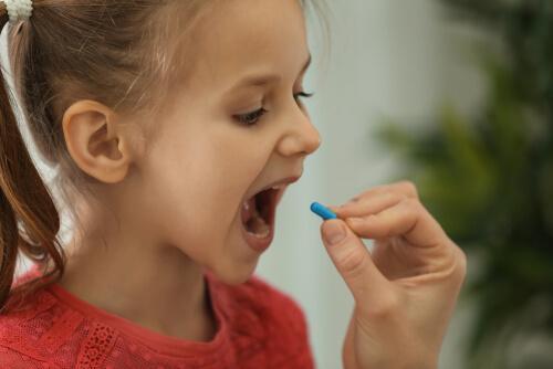 子ども 精神薬 使用
