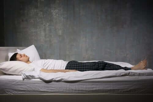 睡眠麻痺 MR療法