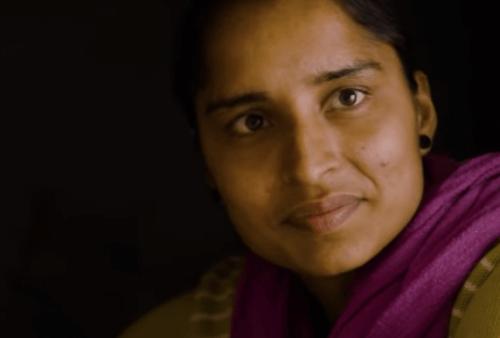 ピリオドー羽ばたく女性たちー:インドの静かな革命