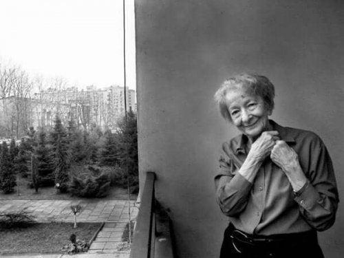 ヴィスワヴァ・シンボルスカ:その人生と作品