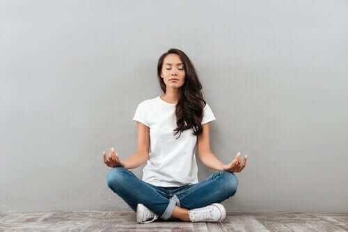 瞑想とメラトニンの関係とは