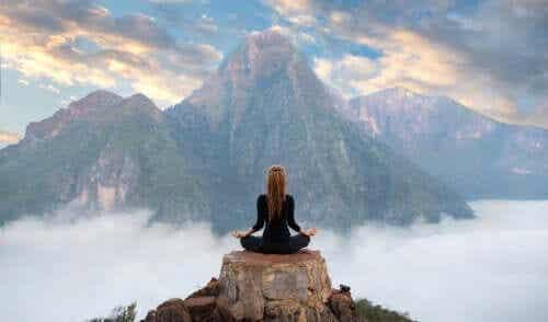 メラトニンと瞑想:その関係性とは?