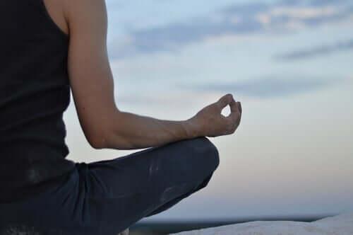 心と体と瞑想について:その関係性とは?