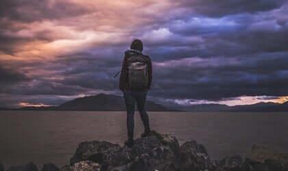 隠された怒り:パーソナリティを変えてしまう感情