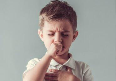 子どものチック:特性と治療