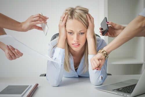 慢性的なストレスが記憶を失わせる?