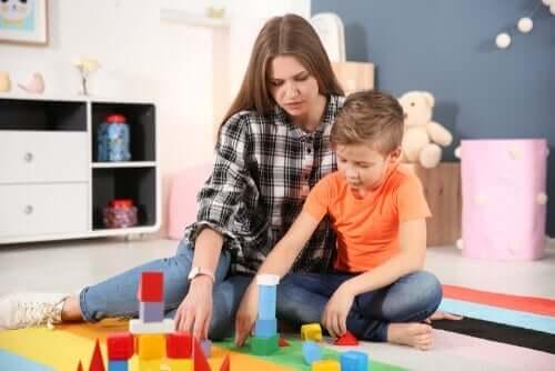 自閉症の心理学的な治療法について
