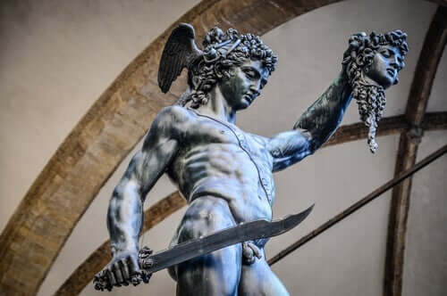 ペルセウス メドゥーサ