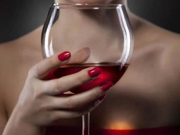 ディオニューソス神話 ぶどう酒 酩酊 神