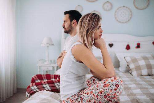 外出制限中の人間関係と緊張状態
