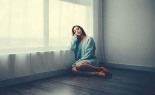 恐怖、悲しみ、不満:ロックダウン中よく見られる感情