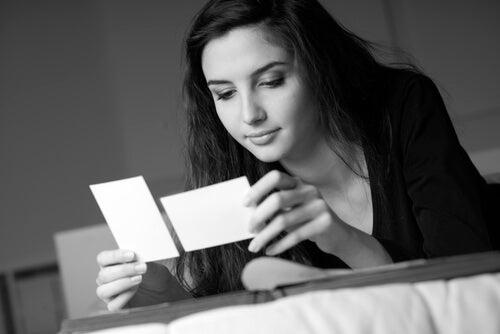 インナーチャイルドセラピー:写真療法について
