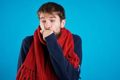 虚偽性障害:患者を演じようとする人々