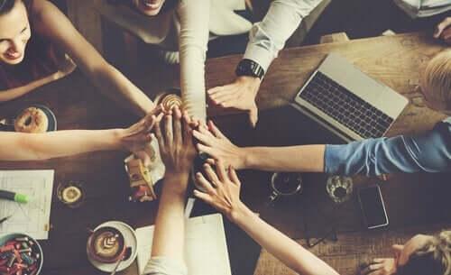 集団規範は何のために作られるのか?