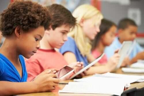 より良い教育のためのジェローム・ブルーナーの9原則