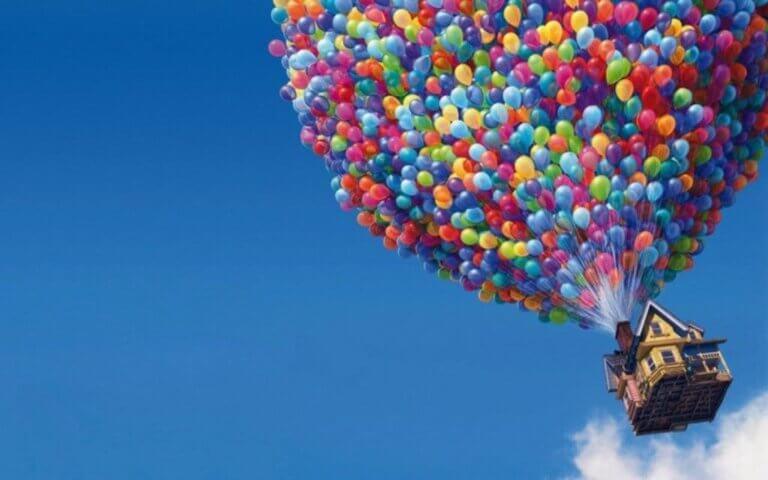 『カールじいさんの空飛ぶ家』:いつになっても夢は叶う!