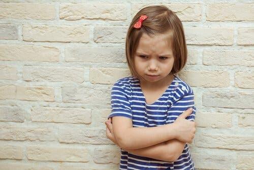心理的恐喝と、子どもたちが受ける弊害