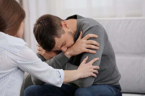 不安-回避型の恋愛関係における試練とは?
