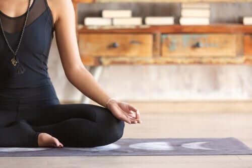自宅で実践できる三つの瞑想練習法!