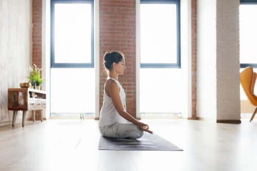 自宅 瞑想