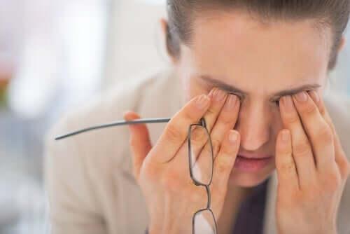 仕事が原因の疲労感が持つ多くの側面