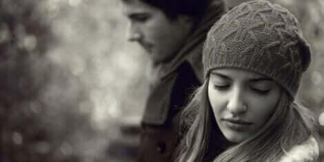 お互いを愛している二人が別れを選ぶのはなぜ?