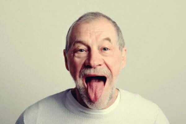 ピック病:不適切な行動が引き起こされる認知症
