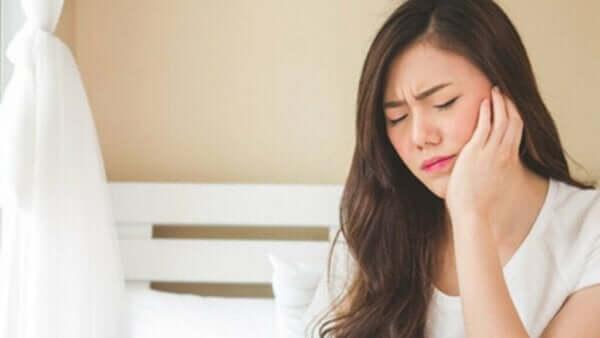 顎関節症と、そのストレスとの関係性
