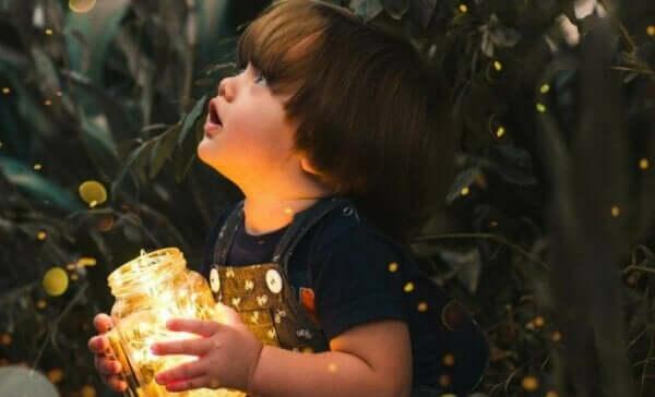 好奇心と空腹には、脳の同じ領域が関わっている!?