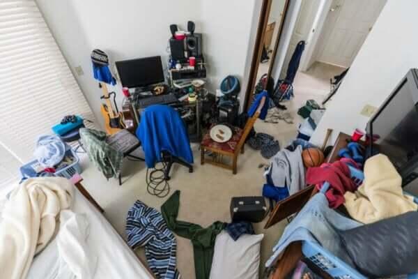 十代の子ども 散らかった 寝室 対処する 方法