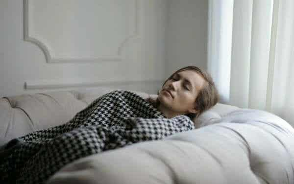 過度の眠気を感じる:考えられる原因とは?