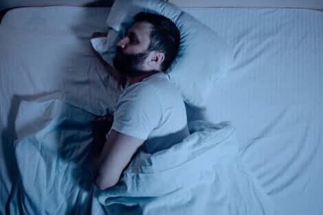 持続睡眠療法とは?なぜ今では使われなくなったの?