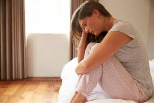悲しみが他の感情より長く続くのはなぜ?