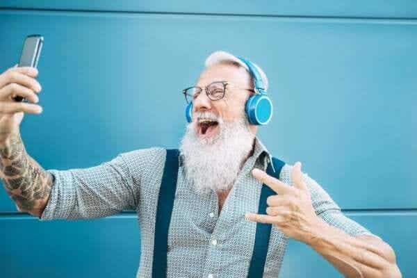 若々しい高齢者:60歳を超えても人生を謳歌する人々