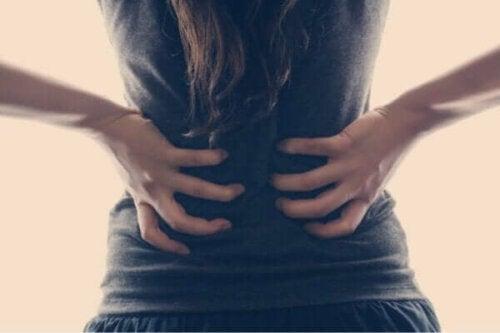 うつ病と腰痛の関係とは?